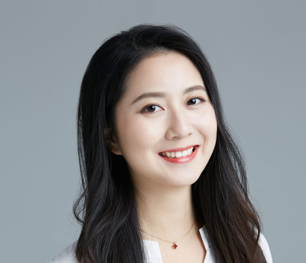 , Elsa Qiu, Director & Assistant President of BHEX: If you are confused about crypto world read the whitepaper of Bitcoin, Blockcast.cc